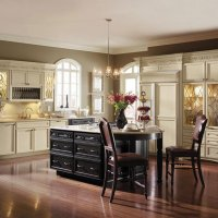 painted_maple_kitchen_cabinets